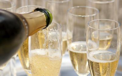 Champagne: le 12 curiosità che non sapevi sulle bollicine francesi